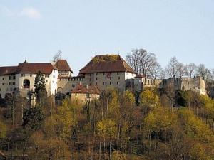 Schloss_lenzburg_nordseite
